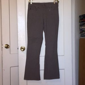 NWOT size 10 Bandolino boot-cut Jeans